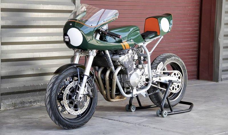 Suzuki Gsxr Self Assembling Motorcycle