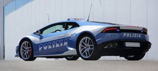 Illustration for article titled The Italian Police Now Have This Ridiculous Lamborghini Huracan