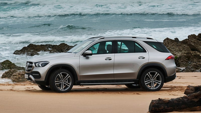While The Three Row Capable 2020 Mercedes Benz Gle Will Make Its Official Debut At Paris Show Next Month Automaker Has Quietly Released Copious