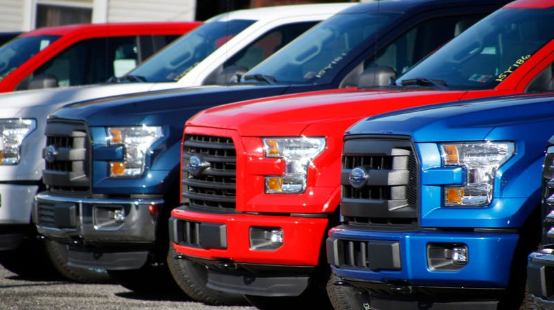 Illustration for article titled My Hot Take Of The Day Is That Big Pickup Trucks Are A Plague And Should Not Be Sold For Daily Driving