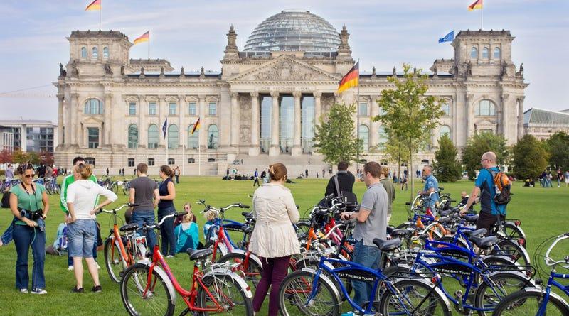 Illustration for article titled Los semáforos de Berlín comienzan a dar prioridad a los ciclistas