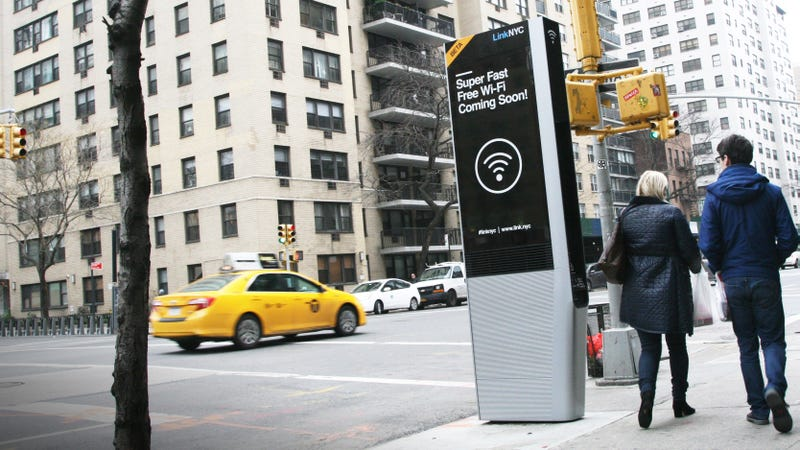 Illustration for article titled NYC's New Gigabit Wifi Hotspots Work Like Payphones From the Future