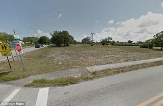 "Site of the ""old colored cemetery"" of Deerfield Beach City, Fla., today Google Maps/Twitter"