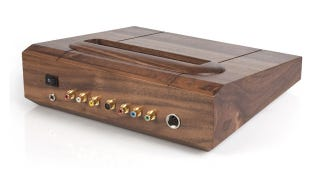Illustration for article titled A Wooden Neo Geo Is A Masterpiece Of Fine Craftsmanship