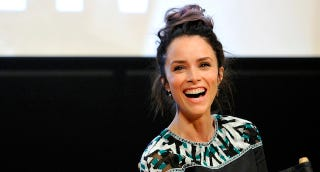 True Detectives Abigail Spencer Promises Many Strong Women This Time