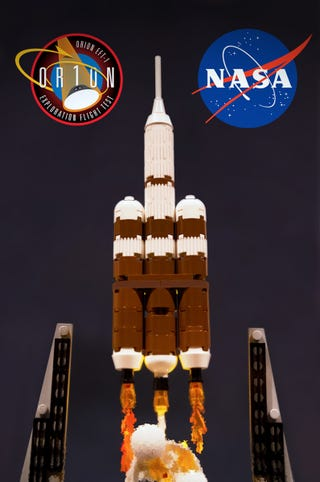 Illustration for article titled NASA Orion and Delta IV heavy tribute in brick