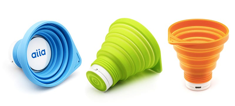 Illustration for article titled A Collapsible Speaker That Might Double As an Emergency Cup