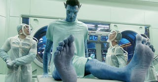 Illustration for article titled Avatar Makes $1 Billion in 17 Days
