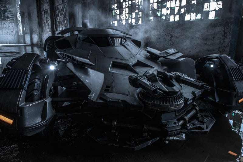 Illustration for article titled Look at Those Guns: Here's an Official Look at the Batmobile