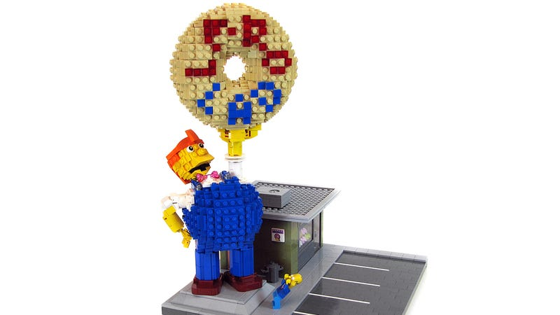 Illustration for article titled Lard Lad Donuts should be the next Lego Simpsons set