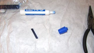 Illustration for article titled Easily Revive a Dead Dry Erase Marker by Flipping the Tip