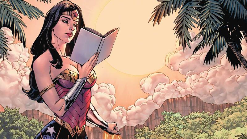 Image: DC Comics. DC Essentials Graphic Novels 2017 cover art by Sandu Florea and Tony S. Daniel