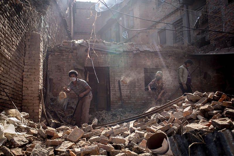 Illustration for article titled Nem valószínű, hogy találnak újabb túlélőket Nepálban