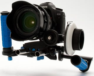 Illustration for article titled Redrock Hybrid Cinema Rig Aims dSLRs Right at Spielberg