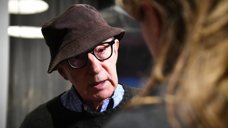 Illustration for article titled Woody Allen Sues Amazon After They Indefinitely Shelve His Latest Film About a Man Trying to Fuck a Teen