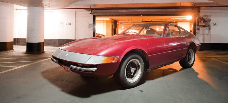 Illustration for article titled Forgotten Disco 8-Track Ferrari Daytona Could Fetch $600,000 At Auction