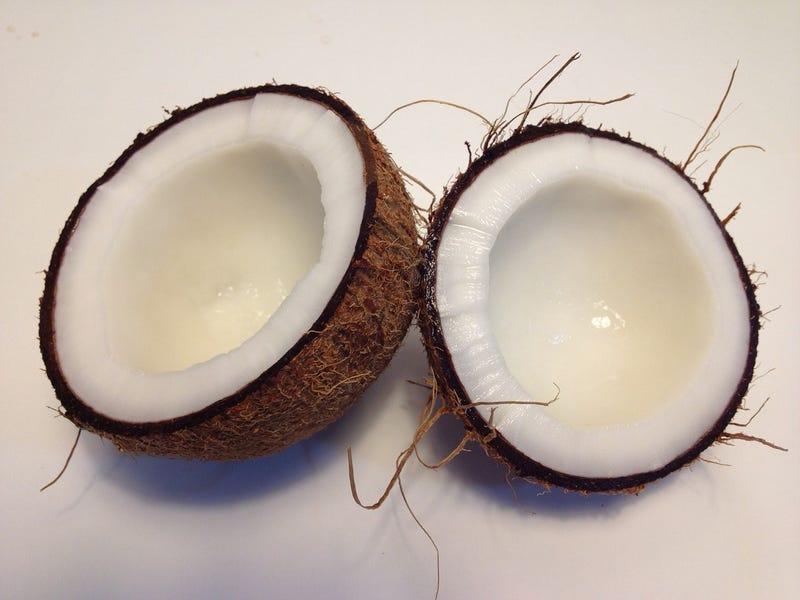 Illustration for article titled Aceite de coco: ni tan bueno como se creía ni tan malo como alertan ahora