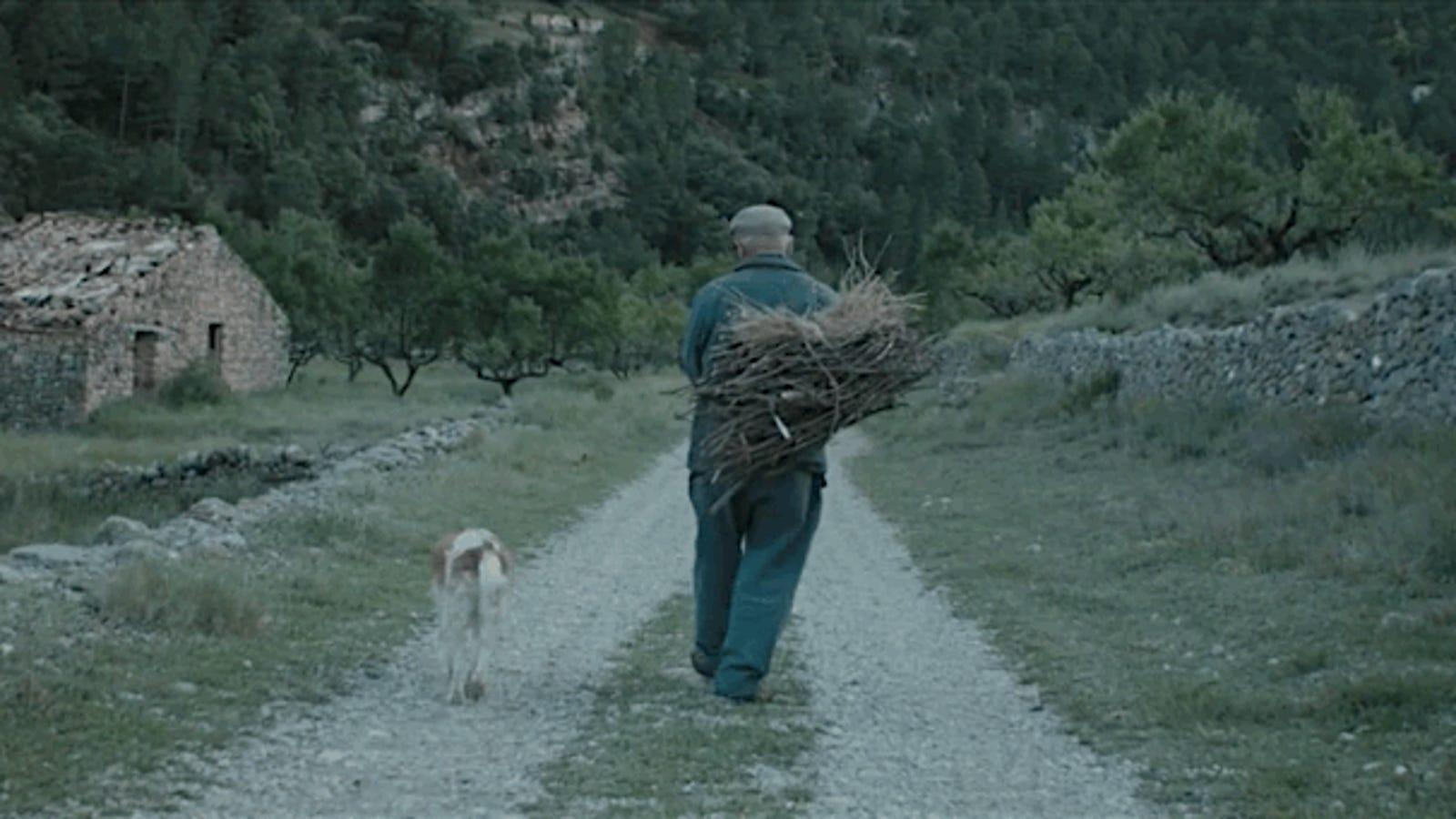 Así es la vida de los dos últimos habitantes de un pueblo olvidado durante 45 años