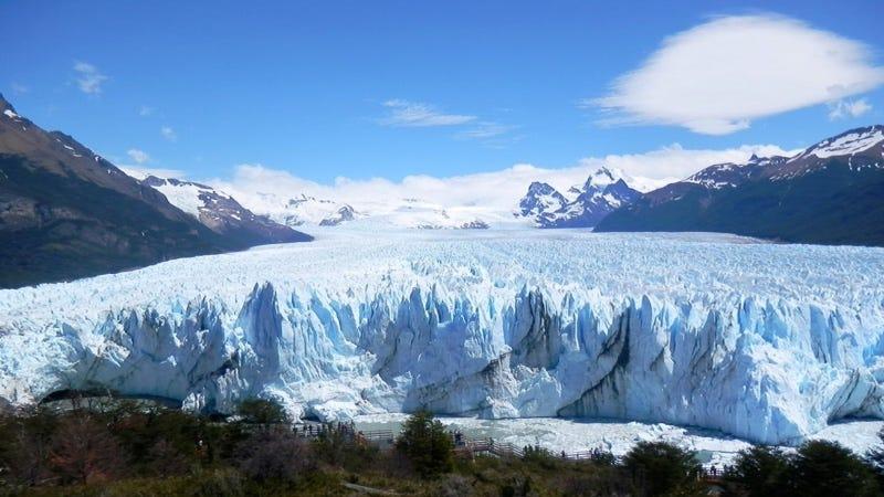 Por qué no se derrite el Perito Moreno, la mayor atracción del Parque Nacional Los Glaciares