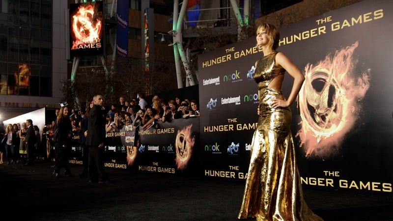 Illustration for article titled Critics Question Whether Jennifer Lawrence Is Skinny Enough in Hunger Games
