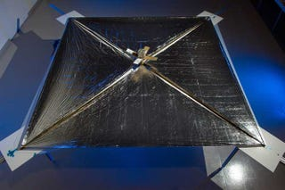 Illustration for article titled NASA's First Solar-Sail Powered Craft Set to Ride on a Stream of Photons Next Week