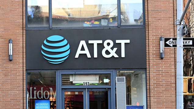 Your Older AT&T Unlimited Data Plan Finally Includes 5G