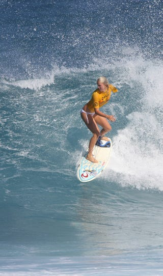 Illustration for article titled Shark Attack Survivor, Surfer Bethany Hamilton: Totally Tubular