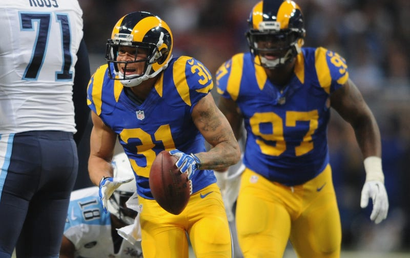 Illustration for article titled Cortland Finnegan Uses Twitter To Tell The Rams He's Leaving