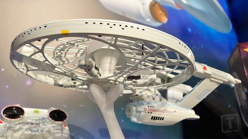 Illustration for article titled You Don't Need any Starfleet Training to Fly This Star Trek USS Enterprise Drone