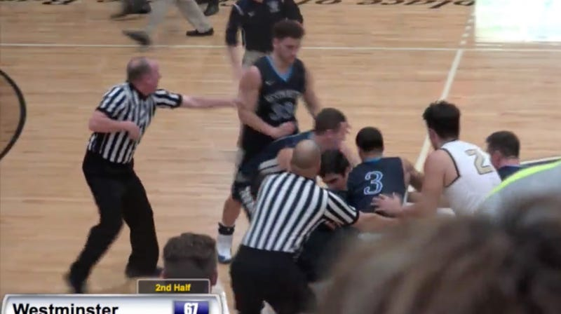 Illustration for article titled Fight Breaks Out At D-III Rivalry Game After Dude Gets Thrown To The Deck