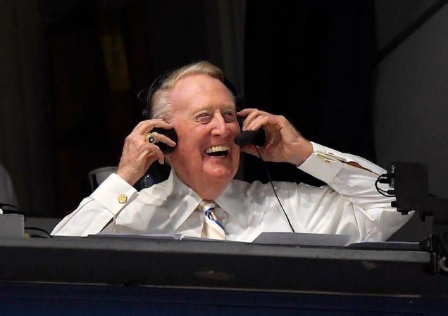 Vin Scully Calls Two Baseball Games At The Same Time
