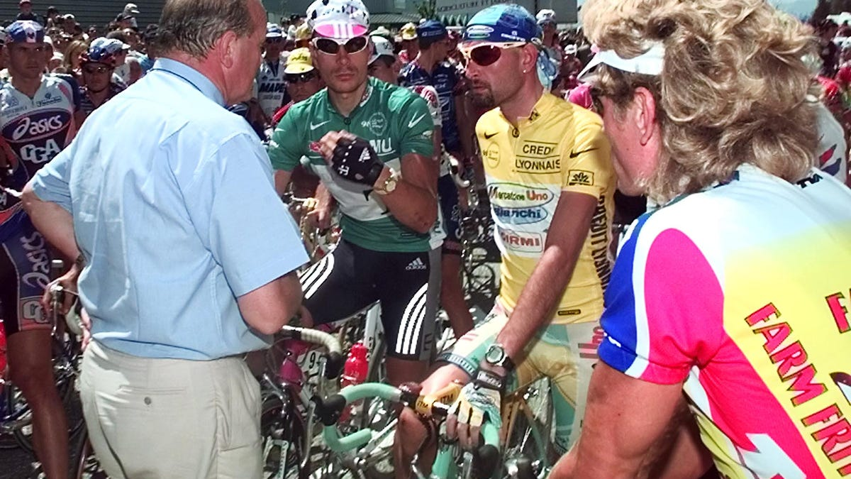 dcb568a5f The Ridiculous Saga Of Lance Armstrong, The Cheater Who Became An Enemy Of  The State