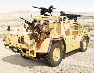 Illustration for article titled Halo-Style Three-soldier Attack Rover Kicks Hummer's Butt