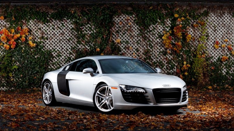 Illustration for article titled Your ridiculously cool Audi R8 wallpaper is here