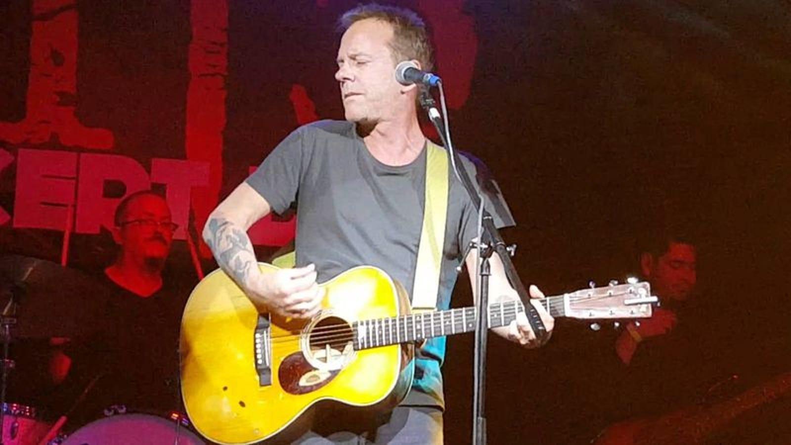 "Kiefer Sutherland to drop ""folk-tinged"" album, go on tour this spring"