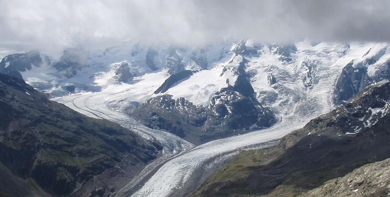 Glaciar Morteratsch. Wikimedia Commons
