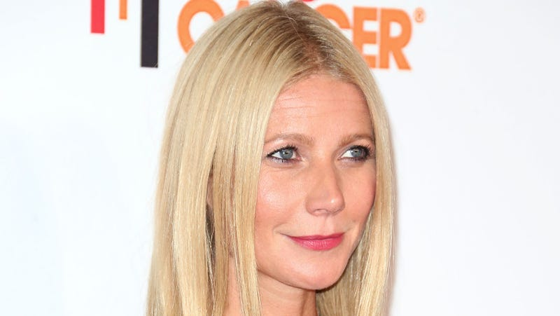 Illustration for article titled Gwyneth Paltrow Knows You Hate Her and She Does Not Care