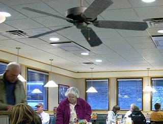 Illustration for article titled Ceiling Fan's One Burning Ambition To Come Loose And Murder Everyone In Denny's