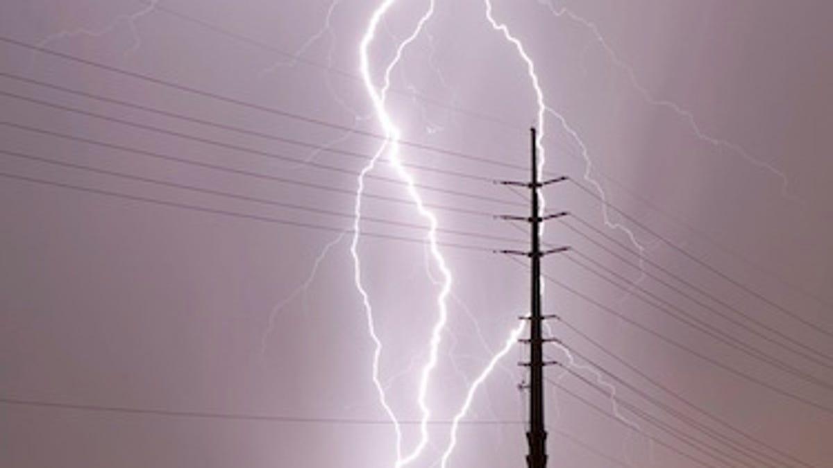 what happened when lightning struck a gamer s house