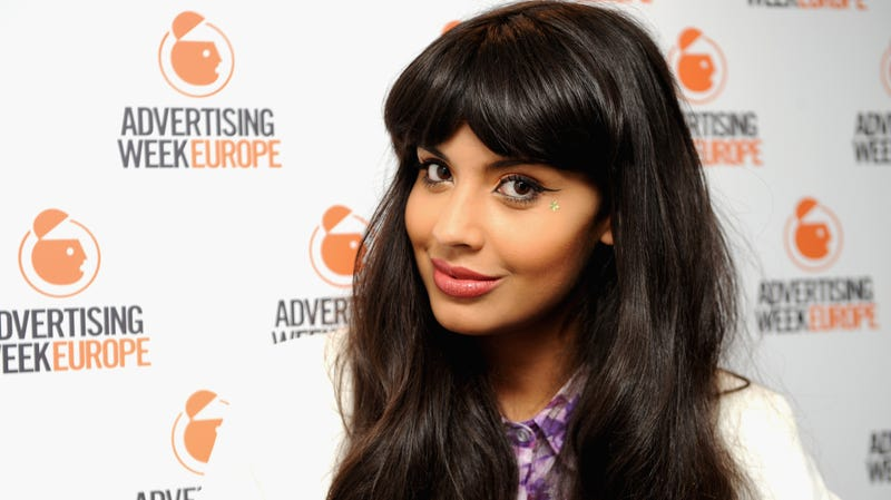 Illustration for article titled Jameela Jamil thinks photoshopping celebrities should be illegal