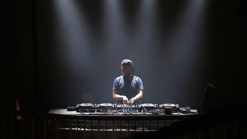 Illustration for article titled DJ/Producer Avicii Dead at 28