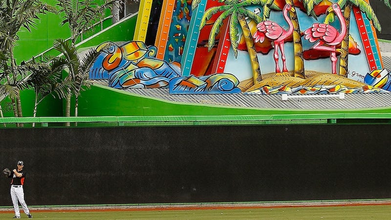 Illustration for article titled The Marlins' Home Run Sculpture Is The Whirling, Flashing, Spouting Heart Of Baseball At Its Best