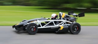 Illustration for article titled Watch The Ariel Atom 3.5R Tear Up The Tarmac In Supercharged Madness