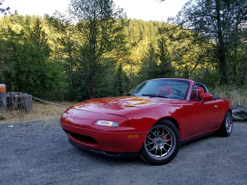 Illustration for article titled Allright. Miata roll call