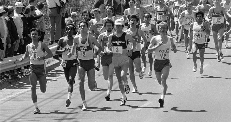 Alberto Salazar (2) and Dickie Beardley, (3) in the front pack at the start of the 86th Boston Marathon in Hopkinton, Mass., Monday, April 19, 1982. (Photo credit: John Martell/AP)