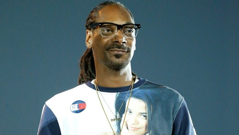 Illustration for article titled Saturday Night Social: Snoop Dogg Has His Own Line of Weed Products