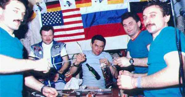 astronauts drinking alcohol in space - photo #2