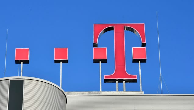 The Dreaded Sprint and T-Mobile Merger Is Reportedly Back