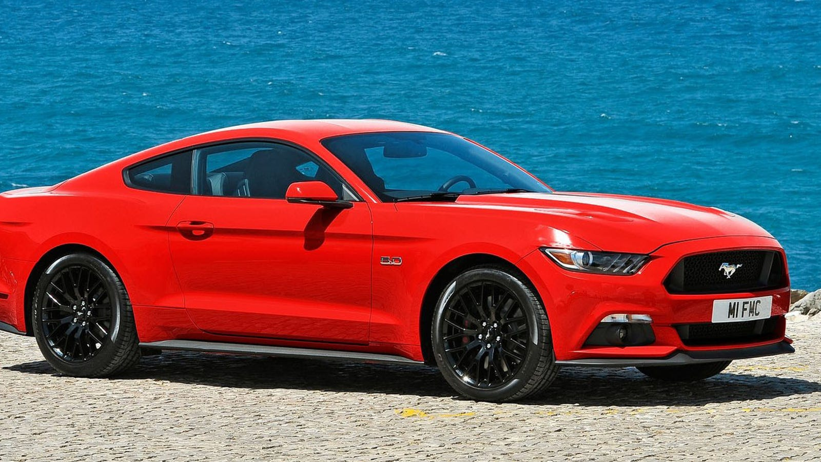 2015 ford mustang 435 horsepower for the v8 310 for the ecoboost. Black Bedroom Furniture Sets. Home Design Ideas