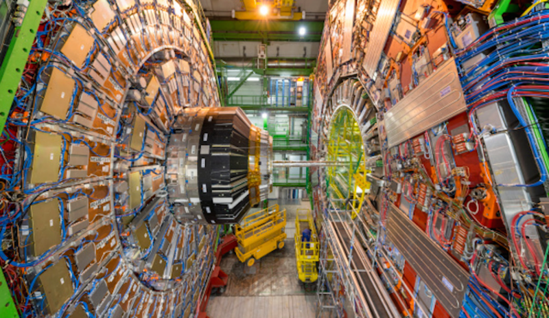 Illustration for article titled El LHC colisiona iones con un nuevo récord de energía: el doble que cualquier otro experimento